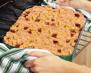 Dump Cakes Cathy Mitchells Mouth Watering Recipes Telebrands
